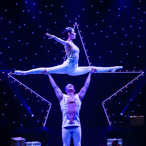 A Magical Cirque Christmas at State Theatre